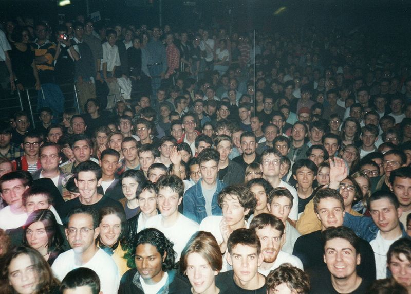File:Audience 1992 3.jpg